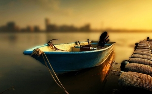 boats_widewallpaper_boat-at-sunset_83939